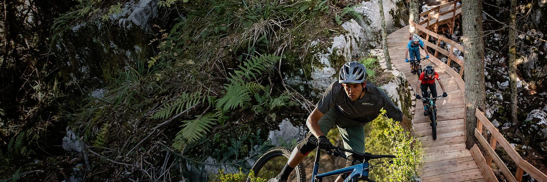https://www.andalo.bike/sites/default/files/revslider/image/slider-home-page-02.jpg